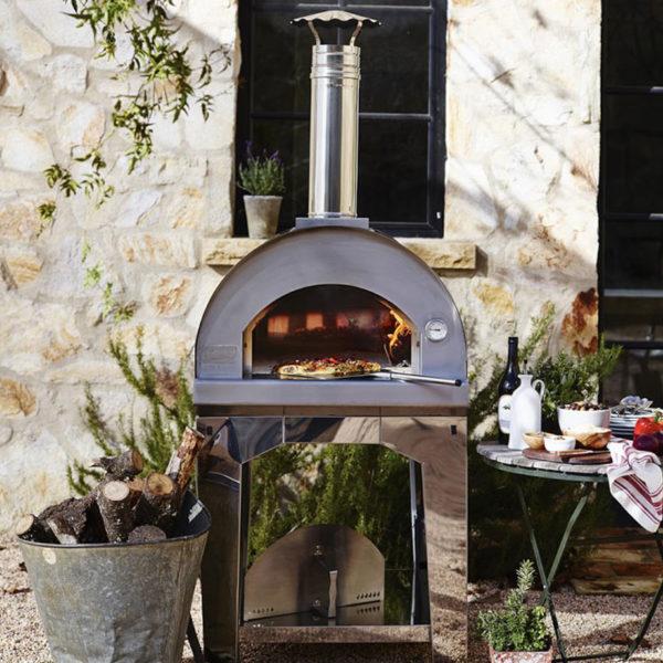 La-Famiglia-Pizza-Oven